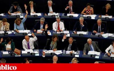 Parlamento Europeu autoriza abertura de processo para punir deriva autoritária húngara